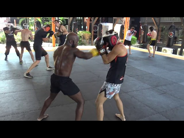 Boxing Sparring: Myagmarsuren