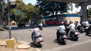 Bangalore Traffic: Signal Jumping At Kanakapura Main Road, Basavanagudi
