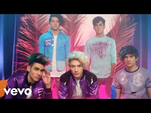 CD9 - Get Dumb (Video Oficial [English Version]) ft. Crayon Pop