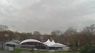 Opbouwen Tent DongenIce 2013-2014