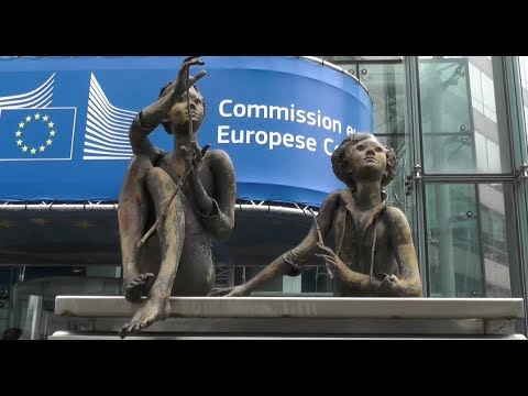 François Asselineau visite pour vous la Commission européenne - Bruxelles mai 2013