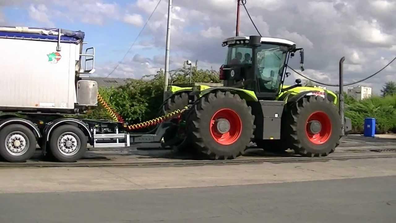 Tracteur Class Garage Jaulin St Maixent L 233 Cole Youtube
