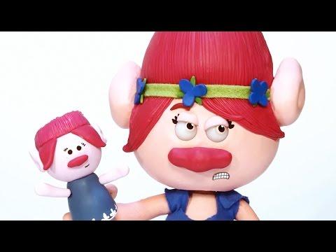 Branch Destroys Princess Poppy's Kite! Trolls Movie Special