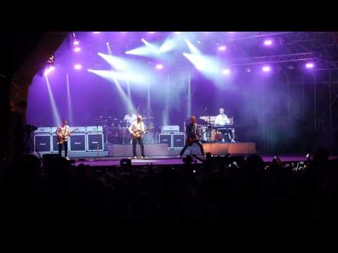 Status Quo at Carfest South 2016