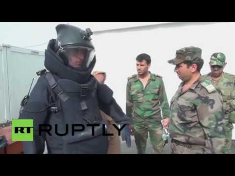 Syria: Russian sappers train Syrian soldiers in mine clearance