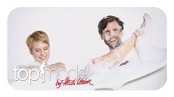 Honey und Kim in der Badewanne | Germany's next Topmodel 2016 | ProSieben