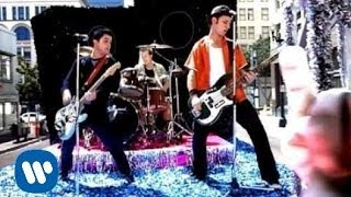 Green Day - Minority (Video)