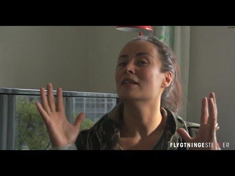 FLYGTNINGESTEMMER - Julie