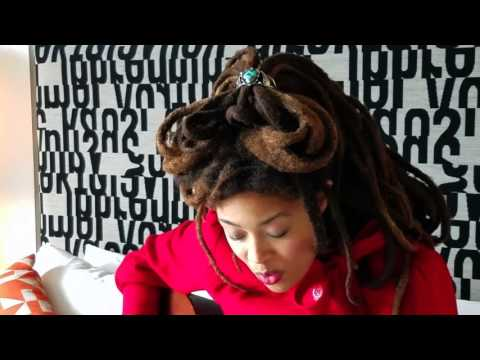 "Valerie June plays ""Astral Plane"" in bed 