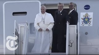 Pope Francis Arrives at JFK Airport in New York | The New York Times