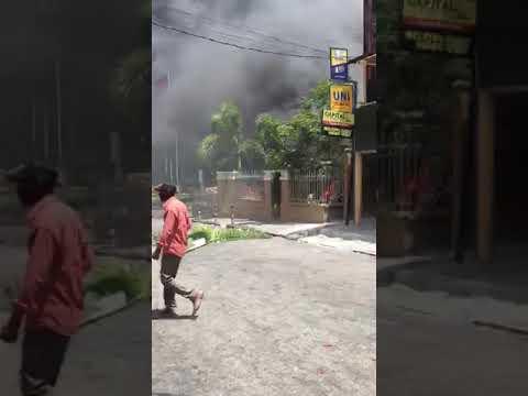 Port-au-prince Boule Sann e Pousyè! Gade video sa a