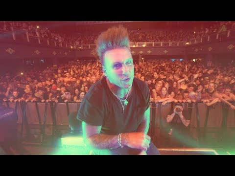 Papa Roach - Renegade Music (Live Performance)