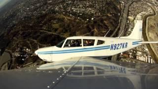 Flying on a plane over Los Angeles - Полет на самолете над Лос Анжелесом(Flying on a plane over Los Angeles - Полет на самолете над Лос Анжелесом - просто нарезка из кадров. Меня пригласил мой друг..., 2016-01-15T21:55:49.000Z)