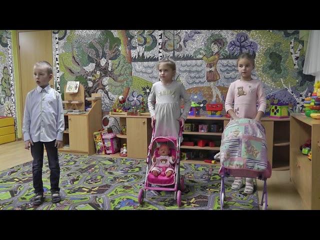 Изображение предпросмотра прочтения – «дошкольная группа №3» читает произведение «Как Вовка бабушек выручил» А.Л.Барто