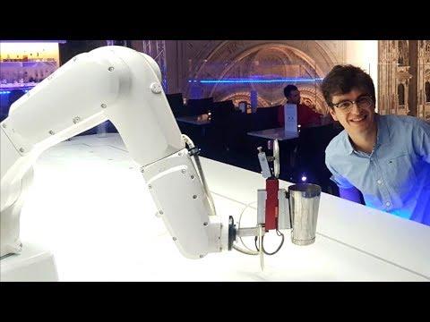 Il Primo Bar Con BARISTI ROBOT 🤖