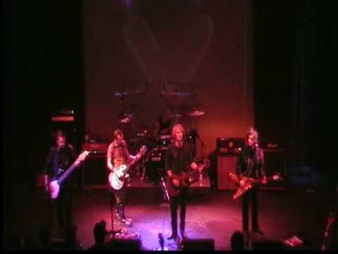Virgos Merlot, Kiss My Disease, Live 2009