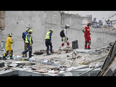 Séisme au Mexique :  au secours des survivants