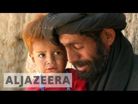 Afghanistan: Tens of thousands flee Helmand's fighting
