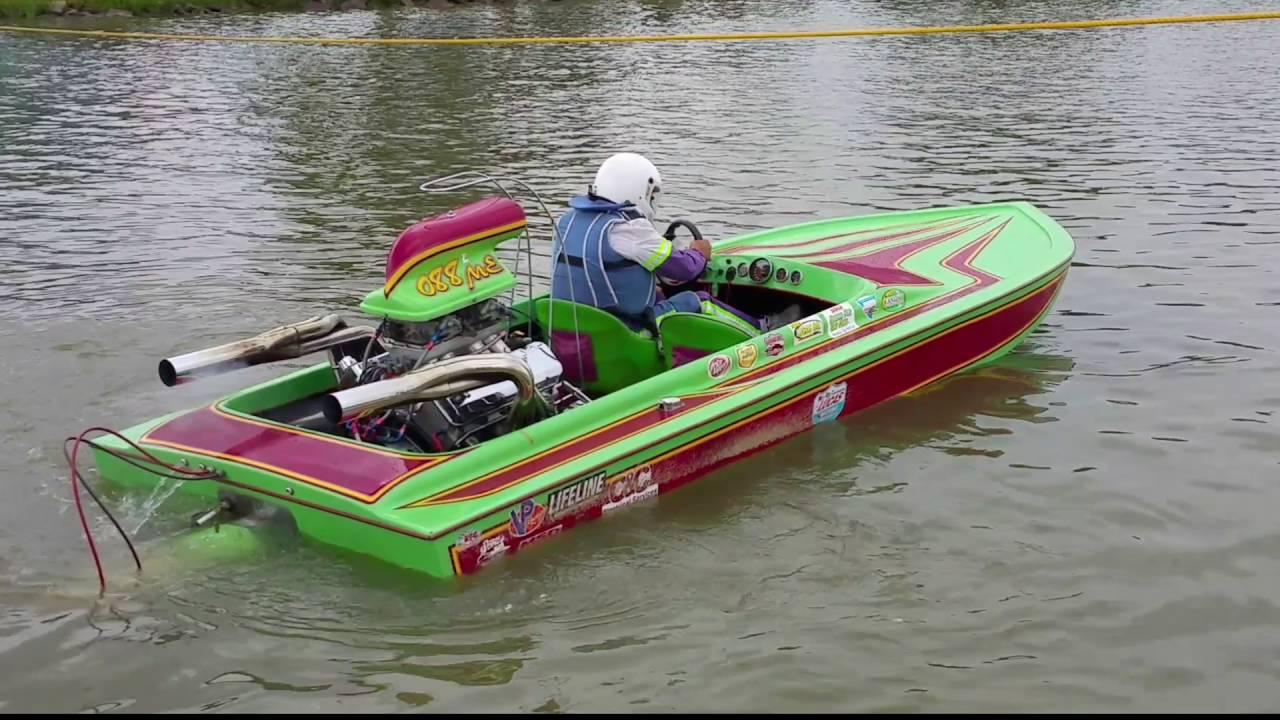 Modified Eliminator Jet Boat At Lucas Oil Drag Boat Racing