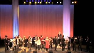 2012年3月11日に大阪・貝塚コスモスシアターで行われた「風のよせがき」...