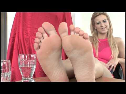 Sexy and Stinky Female Feet Worship from YouTube · Duration:  2 minutes 11 seconds