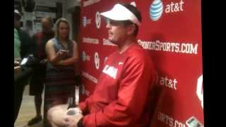 Bob Stoops speaks after Aug. 5 practice.