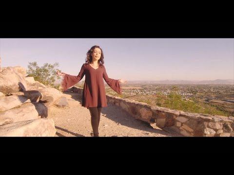 Algo Nuevo Comienza- Pahola Marino [Video Oficial]