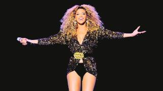 Beyonce -Halo live at Glastonbury