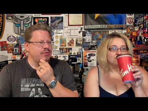 Captain Foley is joined by his wife Silvija to discuss the new Picard News1