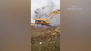 Worst Heavy Equipment Accident You Need To See