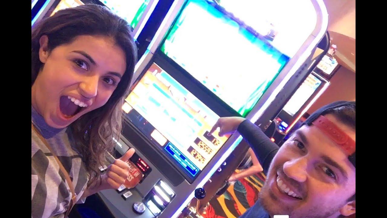 Reel Catch Slot Machine