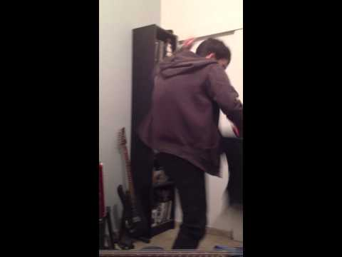 How to dance to punk music