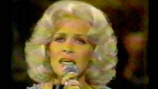 Carol Baker & Conway Twitty      I`ve Never Been This Far Before 1978.avi