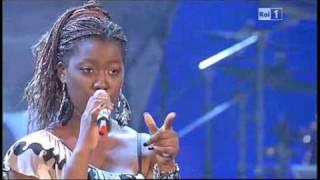 Grande grande grande - Ariane @ Festival di Castrocaro - 15 luglio 2011