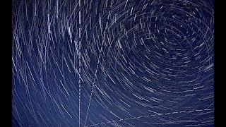 Nuit des Etoiles Filantes 2018 à Sartene en Corse en Timelapse avec trainées d'étoiles Circumpola