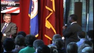 Students Ask MN Governor Candidates Questions
