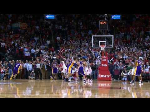 Steve Blake Sinks the Game-Winner in Houston