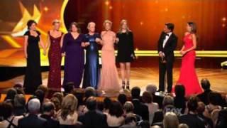 63rd primetime emmy awards   sofia vergara rob lowe