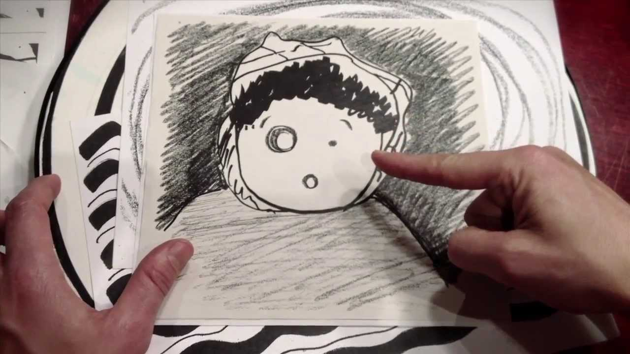 video: Petit bonhomme en papier carbone