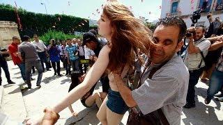 Femen women stay in custody as Tunisia trial adjourned