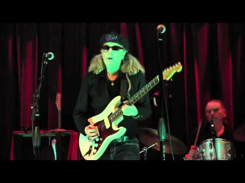 """""""Can't Go On This Way"""" - Debbie Davies Band 5-28-14"""