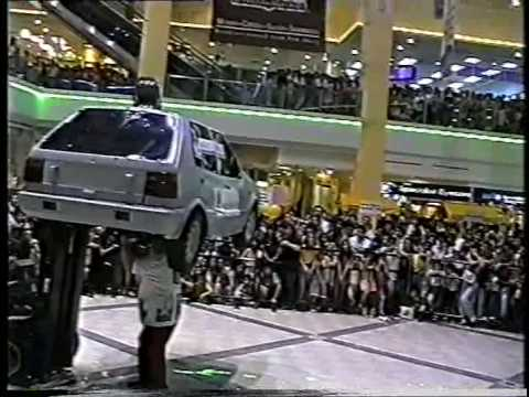 John Evans - performing in Singapore at Great World City