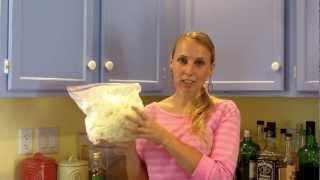 Как сделать крем от растяжек с маслом ши(Описание ингредиентов с 5:30 Инструкции начинаются с 8:40 Для этого рецепта я использовала: 1 cup (200 грамм) - кари..., 2012-06-23T01:50:46.000Z)