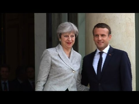 Theresa May in Paris for visit with Emmanuel Macron