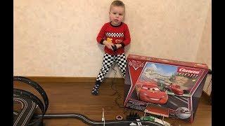 Открываем и играем с новым автотреком ТАЧКИ | CARS Carrera GO!!! DISNEY PIXAR