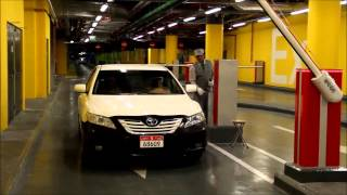 Паркинг в Дубаи (шлагбаум FAAC B680 Hybrid)(Ультрасовременный гибридный шлагбаум от компании FAAC установлен на паркинге в Дубаи. Можно купить в Украине..., 2014-07-03T10:29:24.000Z)