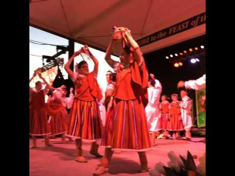 Traditional dance from the Madeira Islands at the Feast