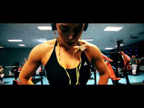 Extreme Gym   The Female Bodybuilding Revolution