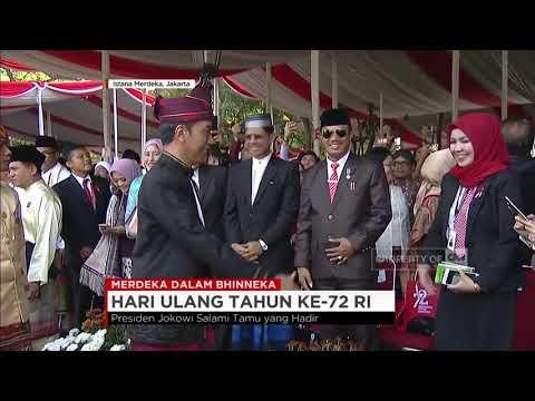 Tiba di Istana Merdeka, Presiden Jokowi Salami Tamu yang Hadir