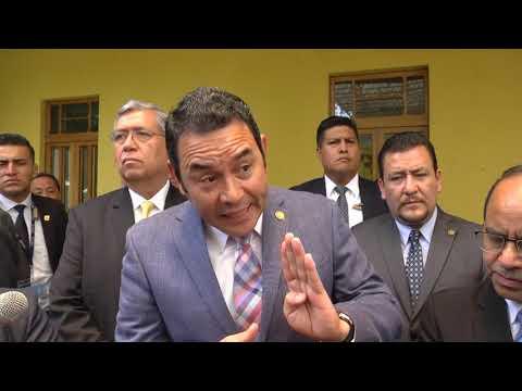 Jimmy Morales defiende a Zury Ríos y aboga por ella ante la CC